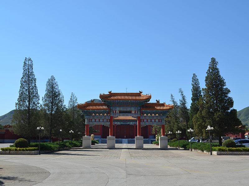 官厅中华永久陵园